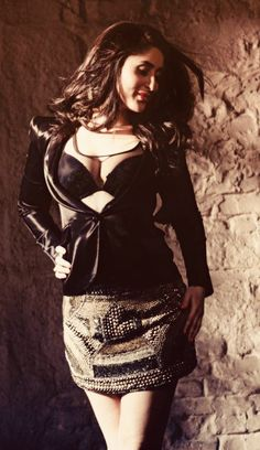 Indian Actress Hot Pics, Bollywood Actress Hot Photos, Indian Bollywood Actress, Bollywood Girls, Beautiful Bollywood Actress, Most Beautiful Indian Actress, Bollywood Fashion, Indian Actresses, Bollywood Theme