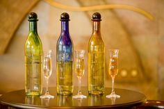Tequila y mezcal se darán la mano en Tasta Mèxic Puerto Vallarta, Bottle, Mexico, Lounge, Bar, Decor, Airport Lounge, Drawing Rooms, Decoration