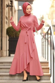 House of Fiza Smart Casuals Flair wrap dress Fabric : soft crepe Price : Sizes : 46 modestwear modestdress modestfashion modeststyle maxidress flairdress modesty hijabfashion hijabstyle hijabista modesthijabi hijab muslimawear Frock Fashion, Women's Fashion Dresses, Hijab Fashion, Dress Muslim Modern, Muslim Dress, Hijab Evening Dress, Hijab Dress, Muslim Fashion, Modest Fashion
