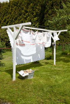 Instructions for the cutest outdoor laundry drying rack ever, must do this someday...