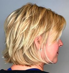60 Short Shag Hairstyles That You Simply Can't Miss Blonde Shag With Short Layers Short Shag Hairstyles, Shaggy Haircuts, Short Layered Haircuts, Short Hairstyles For Women, Layered Hairstyles, Hairstyle Short, Hairstyles 2016, Medium Stacked Haircuts, Hairstyles For Over 50
