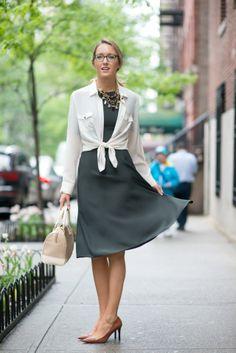 belle texture pour la robe - chercher un haut plus élégant mais pas trop guindé