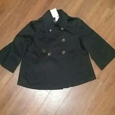 NWT Nine West Cropped Jacket Double breasted Nine West 3/4 sleeves with 3 button close. Back has fashionable pleat. Nice weight, not thin nor heavy. Nine West Jackets & Coats