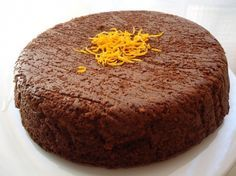 Delicious chocolate cake without sugar or milk or flour! Tasty Chocolate Cake, Chocolate Recipes, Tarta Chocolate, Low Carb Desserts, Healthy Desserts, Gluten Free Baking, Gluten Free Recipes, Tortas Light, Dessert Light