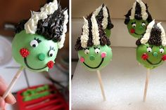 These are great for a Halloween party (kids never eat a whole cupcake, so why not make cake pops)!