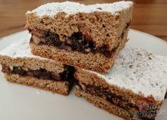 Fantastický koláček, který při pečení provoní celý byt. Tato vůně mi připomíná mé dětství, když jsme chodili na prázdniny k babičce. Je vynikající, vyzkoušejte. Obohatila jsem tento recept o fíky a datle. Autor: Triniti Tiramisu, Cake Recipes, Nutella, Food And Drink, Treats, Baking, Ethnic Recipes, Sweet, Bakken