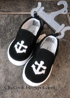 DIY VANS *knockoff * Shoes for a fraction of the cost...LOVE LOVE LOVE IT!!