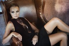 Discover the elegant and seductive Dresses and Shirts by the talented designer JESSICA CHOAY at WWW.FINAEST.COM |#jessicachoay #womenswear #finaest #dresses #fashion #photgraphy #moda #beauty