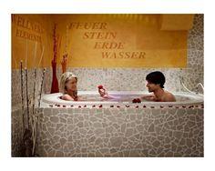 Berghotel Oberhof: Gemeinsames Bad in der Romantik-SPA-Suite ♥ http://www.verwoehnwochenende.de/kurzreise_angebot___22802.html#angebot #Romantikreise #Honeymoon