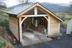 Garage with inside log store. Dry logs every time.