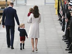 All the Cutest Photos from the Royal Fab 4's Farewell to Canada      The royal family prepares to board their plane. Until next time, Prince George!