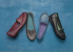 Tortoiseshell fringed leather loafers.
