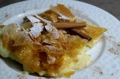 mpougatsa me krema Cookbook Recipes, Cooking Recipes, Greek Sweets, Food Network Recipes, Apple Pie, French Toast, Deserts, Brunch, Food And Drink