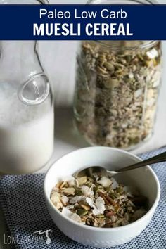 Muesli Cereal for a Keto Paleo Breakfast // muesli recipes // paleo cereal recipes // cereal ideas // DIY cereal // Keto Foods, Low Carb Paleo Diet, Ketogenic Diet, Vegan Keto, Ketogenic Recipes, Vegan Meals, Cereal Keto, Low Carb Cereal, Paleo Muesli