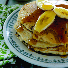 Whole-Grain Banana–#Chocolate Chip #Pancakes