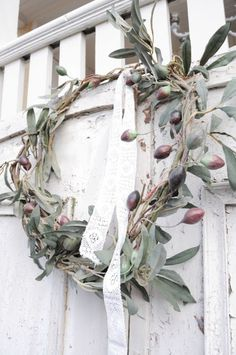 olive branch wreath for a Tuscany outdoor wedding