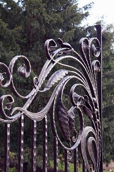 Swirly wrought Iron gate pattern