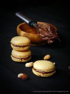 mijn dagelijkse gedachten: Peanut and Chocolate Macarons / Арахисовые Макаронс с Шоколадом