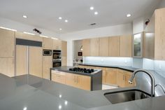 A click & pin photo gallery filled with pictures of Modern Kitchen Renovation ideas based on a recent project in the Dallas Fort Worth area. Modern Kitchen Renovation, Kitchen Remodel, Cool Kitchens, Kitchen Decor, Kitchen Cabinets, Storage, Remodels, Sinks, House