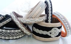 GALLERY- SAMI-Bracelets Beaded Jewelry, Jewelry Bracelets, Fine Jewelry, Jewelry Making, Ap Art, Bracelet Designs, Metal Working, Jewelry Crafts, Espadrilles