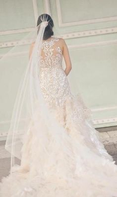 Veluz Photography By Francis Perez For Pat Dy Beautiful Wedding Gowns Veil