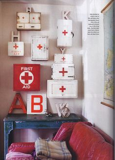 We've just had a lovely little mention in the current edition of Homes & Antiques magazine. This particular article was all about vintage first aid boxes.