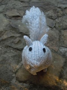 Knitted Squirrel - Free Pattern - PDF Download