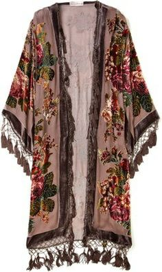 Gypsies, Tramps And Thieves - Bohemian Style - Kite & Butterfly English Rose Devoré Jacket. Boho Chic, Hippie Chic, Hippie Style, Hipster Outfits, Boho Outfits, Gypsy Style Outfits, Mode Style, Style Me, Feminine Mode