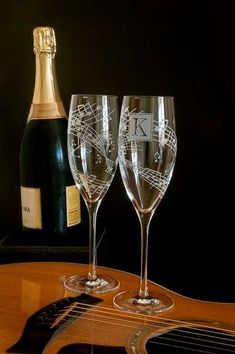 2 Concert Themed Wedding Champagne Flutes Music by bradgoodell