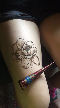 I tried a peony today in henna! perfect summer tattoo