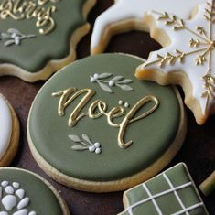 2019 Amazing Christmas Cake Ideas - Page 2 of 10 - Vida Joven Christmas Sugar Cookies, Christmas Sweets, Christmas Cooking, Holiday Cookies, Green Christmas, Iced Cookies, Royal Icing Cookies, Cupcake Cookies, Cookies Et Biscuits