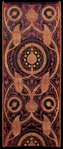cut and voided silk velvet brocaded with gilt-metal wrapped thread • early 16th century ottoman textile • stay with us at www.istanbulplace.com holiday apartments and visit Topkapi museum to see more of these for real