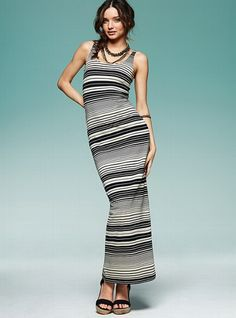 Get the Look you want with Victoria's Secret maxi dresses that will give you femininity with varied colors & prints in different styles of maxi dresses.