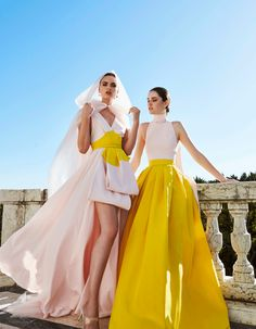 Chic Ready to Wear Outfits Fashion 2020, Runway Fashion, High Fashion, Fashion Show, Fashion Design, Fashion Trends, Couture Mode, Couture Fashion, Chef D Oeuvre