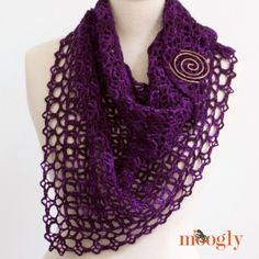 Fortune's Shawlette - FREE one skein crochet pattern on Mooglyblog.com!