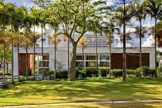 Galeria de URBAN COUNTRY HOUSE / Consuelo Jorge Arquitetos - 5
