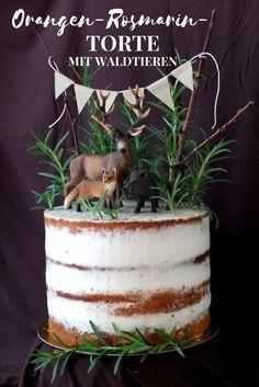 Als die Tiere den Wald verließen, um auf meiner semi-naked Orangen-Rosmarin-Torte Platz zu nehmen. Ein tolles Rezept, das für Abwechslung am Gaumen sorgt!