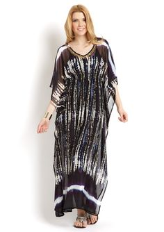 Caftan=Perfect for summer cover up or outing. Abaya Fashion, Boho Fashion, Style And Grace, My Style, Muumuu, Just Run, Swimsuit Cover, Resort Wear, Designer Collection