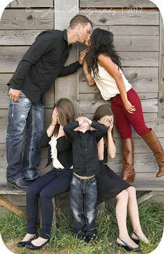 Family Photo Session - No peeking Ideas