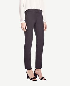 "A+slim+silhouette+in+polished+cotton+twill+makes+this+ankle+length+pair+irresistibly+flattering.++Our+curvy+fit,+fuller+through+your+hips+and+thighs.+Contoured+curtain+waistband+offers+extra+tailoring+detail+for+a+better+fit.+Front+zip+with+double+hook-and-bar+closure.+Front+off-seam+pockets.+Back+welt+pockets.+25""+inseam."