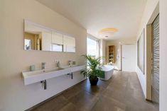Bildergebnis für rhz haus eugendorf Prefabricated Houses, Improve Yourself, Mirror, Furniture, Pinterest Blog, Home Decor, Projects, Environment, Trendy Tree