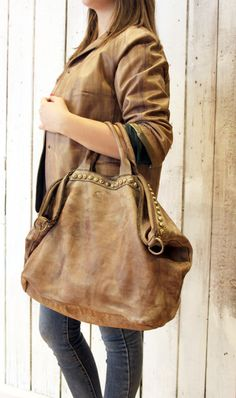 SHIP BAG 11 Handmade Italian Vintage light gray Leather Tote with studs di LaSellerieLimited su Etsy
