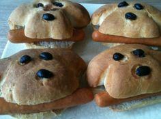 Hondjes- brood, worst en olijven