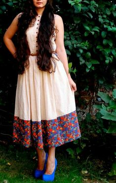 A neat way to look elegant. Frock Fashion, Fashion Dresses, Fasion, Frock Dress, Saree Dress, Casual Frocks, Casual Dresses, Simple Dresses, Indian Designer Outfits