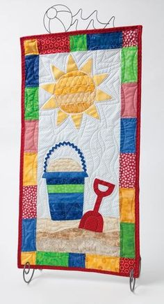 "~ ""It's a Beach"" quilt Small Quilts, Mini Quilts, Baby Quilts, Quilting Projects, Quilting Designs, Skinny Quilts, Beach Quilt, Summer Quilts, Miniature Quilts"