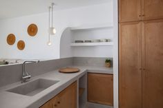 Antamoma Suites in Kythnos. Construction & Design until the final detail by Polisgram Architects Concrete Kitchen, Hotels Design, Luxury Interior Design, Interior Renovation, Kitchen, Traditional Kitchen Design, Kitchen Units, Construction Design, Kitchen Design