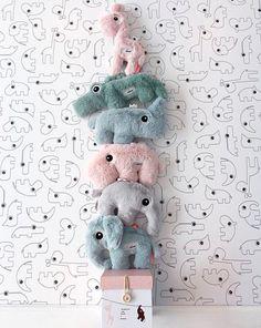 Done by deer Hračka plyšová krokodýl Croco - zelená Done By Deer, Baby Needs, Cute Baby Animals, Baby Boy Outfits, Cuddling, Gift Guide, Kids Toys, Cute Babies, Stuff To Do