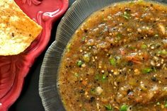 Mission: Food: Salsa Quemada (Roasted Tomato and Tomatillo Salsa) Authentic Mexican Recipes, Mexican Salsa Recipes, Salsa Verde, Salsa Picante, Roasted Salsa Recipe, Roasted Tomatillo Salsa, Mild Salsa, Spicy Salsa, Spanish Dishes