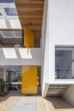 Casa Linhares Dias   BLOCO Arquitetos Associados