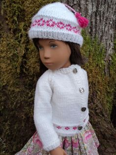 Woodland-Friends-Cardigan-Hat-and-Purse-in-Pure-Merino-for-Sasha-doll